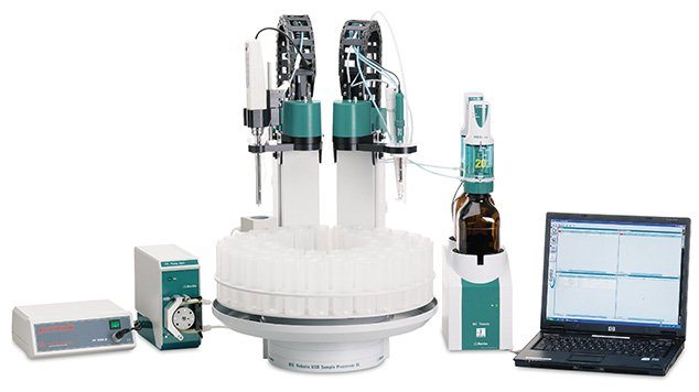 815-Robotic-Titration-Soliprep-with-laptop-PC