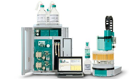 Professional-IC-Vario-with-bottles_PC_and-Sample-Changer